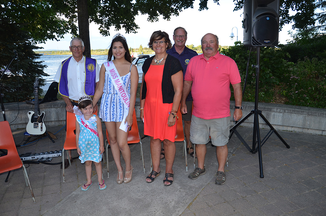 Federal Liberal candidate Heather Wilson, third from left, gave her well wishes during the opening ceremonies of Haweater Weekend Friday evening.