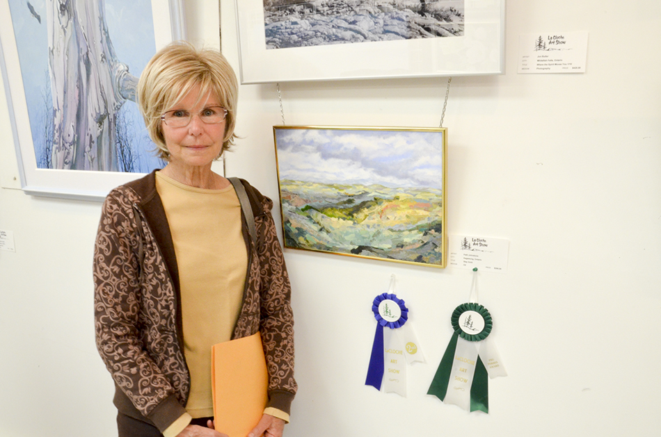 Patti Johnstone received the Peg Forbes Memorial Award for her painting 'Stay Gold.'